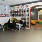 Малките читатели учат и четат в комфорта на Детския отдел на новата библиотека